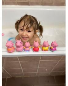 TOOMIES - Prasátko Peppa Pig, tatínek a Tom - stříkající hračky do vody | learningtoys.cz