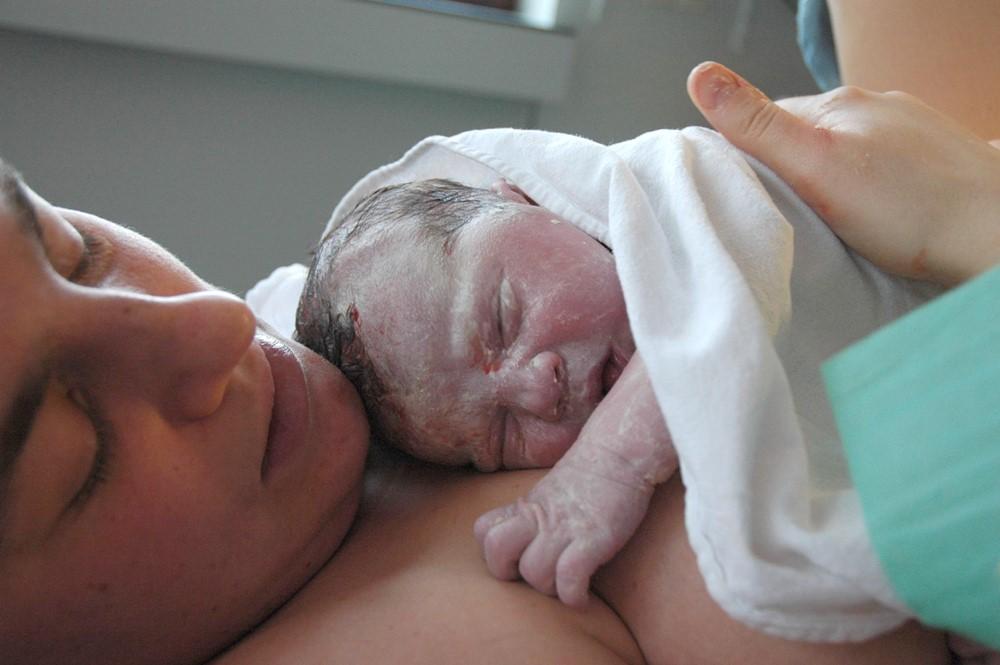 POROD (ČÁST DRUHÁ): Druhá fáze porodu – co vše vás čeká?